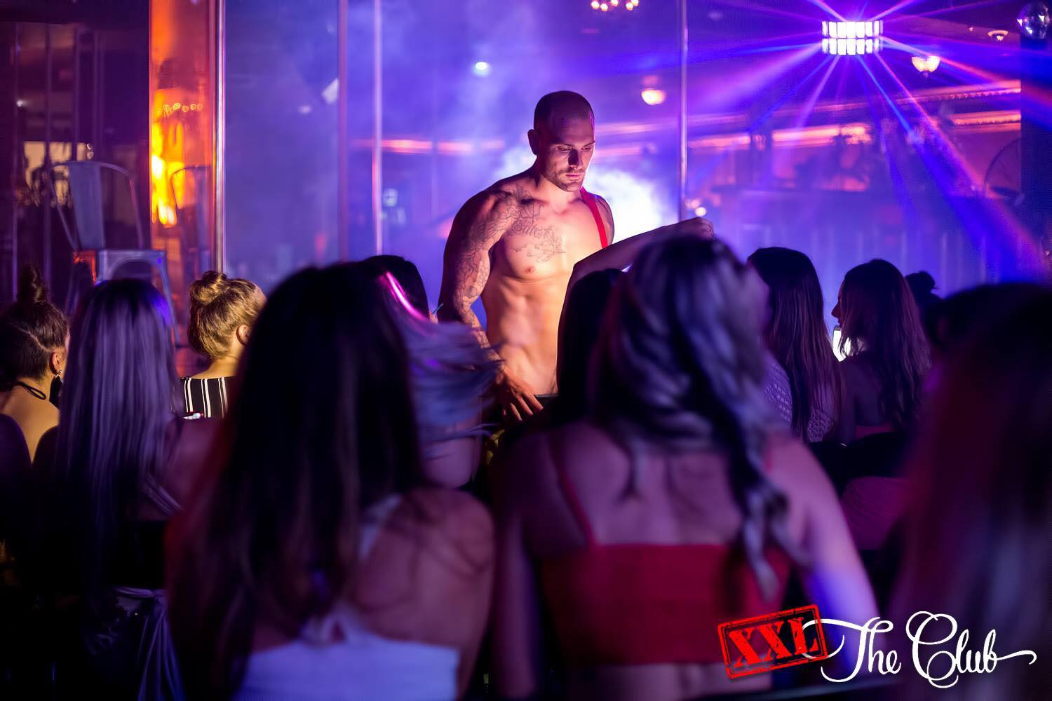 affordable hens night party packages in XXL The Club Sydney